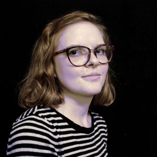 Deborah Müller spielt Fanny