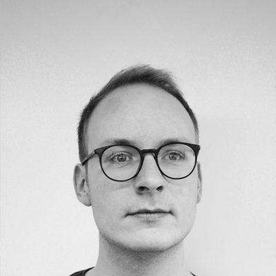 Tobias Quack spielt Beckmann